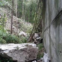 Villa di Chiavenna, sfollati per un mese  In Val di Lei si va solo in elicottero