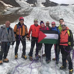 Una grande catena di solidarietà  Yasmeen conquista Valfurva