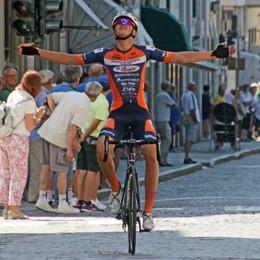 Ciclismo, il Gp Ponchiera vinto da Gabriel Fede