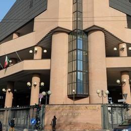 Torino, corteo anarchico  Arrestato giovane comasco