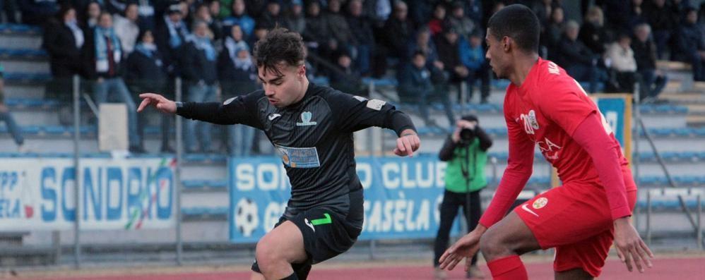 Calcio serie D, finisce pari la sfida tra Sondrio e Villa Valle