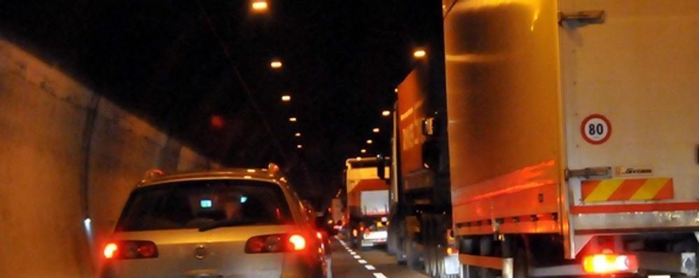Lecco, attraversamento a rischio: 100 incidenti nei tunnel