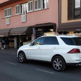 Negozi che chiudono a Morbegno, via Fabani soffre: «Resistere è dura»