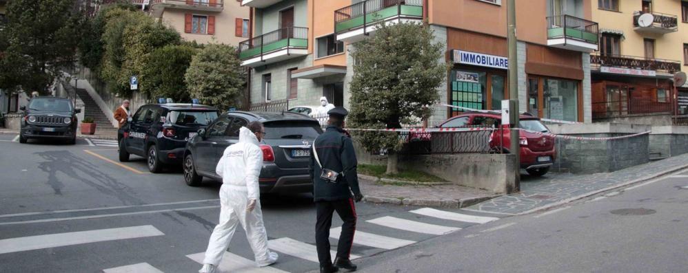 Presa a coltellate dal marito in Valmalenco, sta meglio e lascia l'ospedale