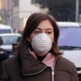 Coronavirus e psicosi, a ruba le mascherine nelle farmacie di Sondrio