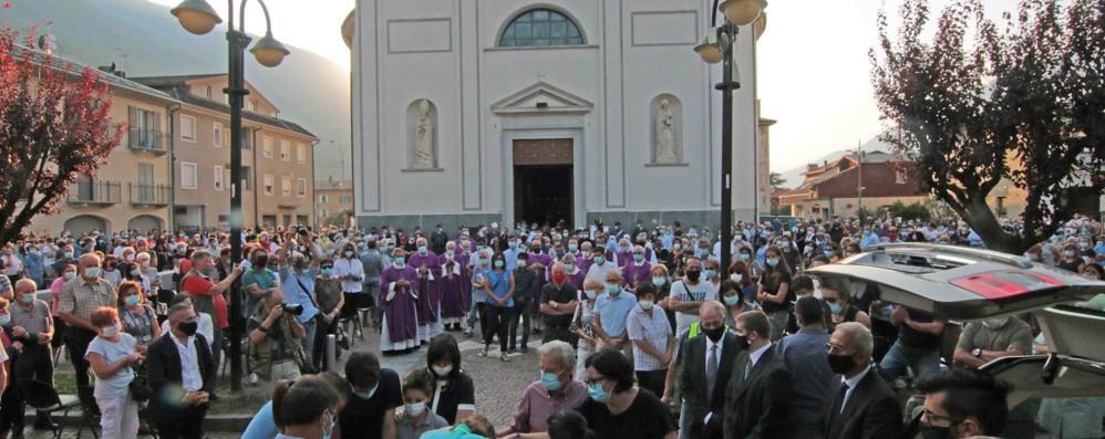 Don Roberto Malgesini  Regoledo gli dedicherà  la piazza della chiesa