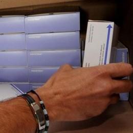 Arrivano i vaccini antinfluenzali  «Col contagocce e solo per i medici»