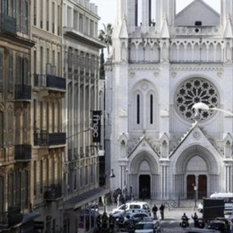Terrorismo a Nizza  Decapitati in chiesa  L'assassino sbarcato a Lampedusa