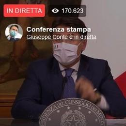 Conte: «Un nuovo inizio»  La conferenza stampa sul Dpcm