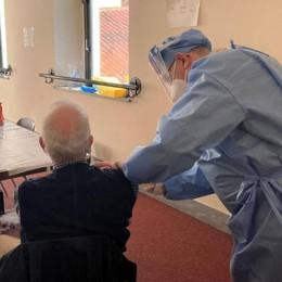 Lo scandalo delle vaccinazioni  Otto anziani su dieci sono senza