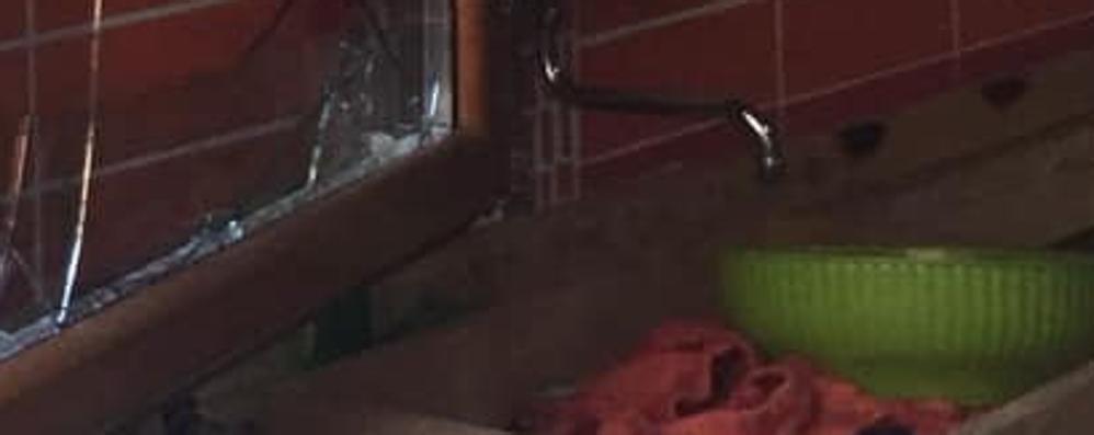 Altre razzie dei ladri nelle baite  Il sindaco: «Vigilate e segnalate»