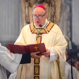 Il vescovo: «È l'ora della responsabilità Pensiamo tutti al bene comune»