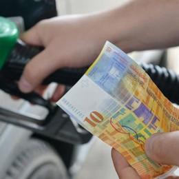 Regione, che scherzetto  Taglia lo sconto benzina  E lo cancella sul gasolio