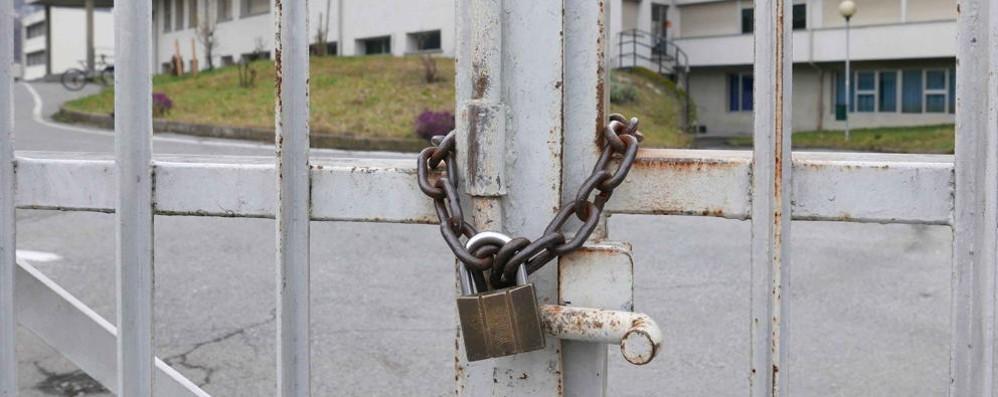 CORONAVIRUS:   SCUOLE CHIUSE  FINO A METÀ MARZO