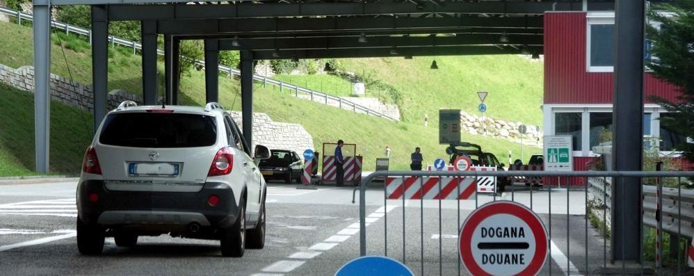 Il governo dei Grigioni: le frontiere  devono restare aperte