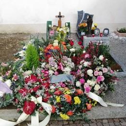 Profanata la tomba di Veronica  La mamma: «Un atto disgustoso»