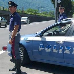 Camionista alla guida da troppe ore  Multa di 2.000 euro e Tir bloccato