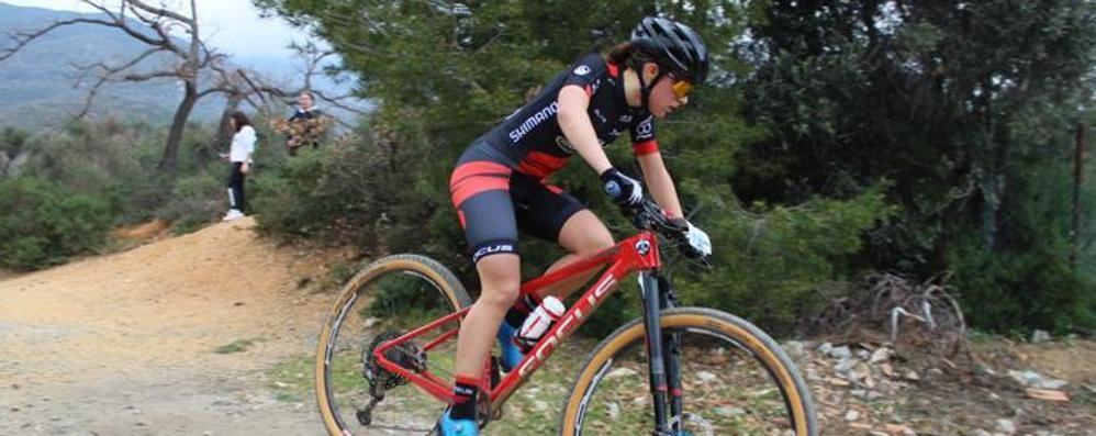 Sara esplosiva   divisa tra mtb e ciclocross
