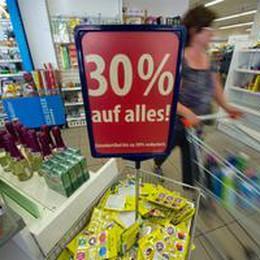 Eurozona: boom commercio al dettaglio a maggio (+17,8%)