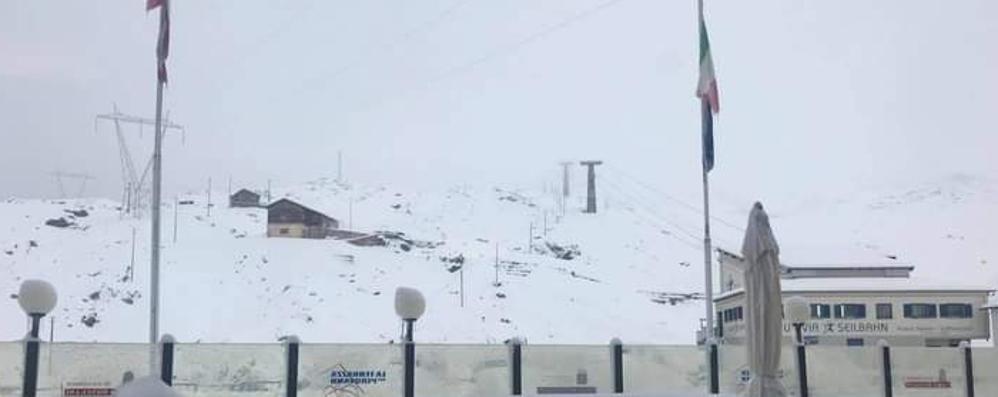 Temperature in calo  e la neve sullo Stelvio  «Buone sciate a tutti»