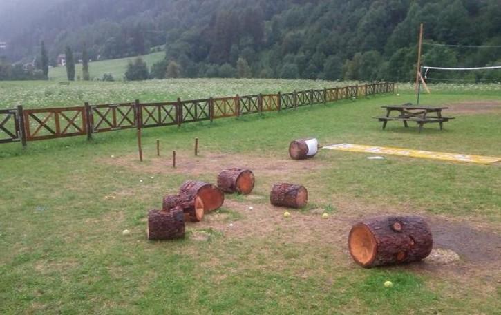Bormio, il nuovo parco giochi  già distrutto dai vandali