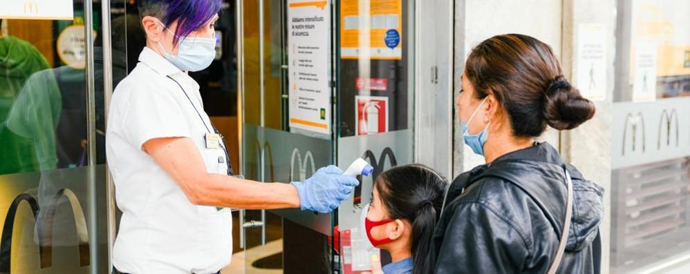 Coronavirus, il punto  di Regione Lombardia  A Como 5 tamponi positivi,  a Lecco 1 a Sondrio 0