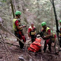 Muore cercando funghi  La vittima, 78 anni, di Tirano