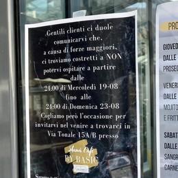 Rissa in piazza Garibaldi  La polizia chiude il bar Sport