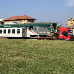 Treni e linea vecchi  E paga sempre la Valtellina  «Serve investire»