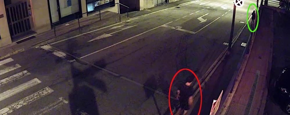 Ha aggredito tre donne,  preso il maniaco del centro (video)