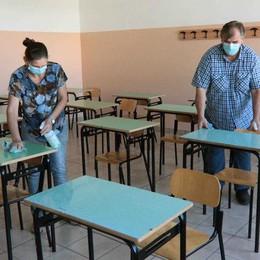 Covid a scuola  I pediatri: «Così è un delirio»