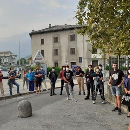 In 60 al flash mob:  «Soufian non sei solo»