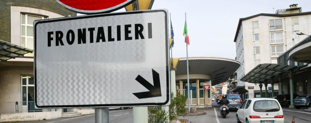 La libera circolazione è salva  Gli svizzeri bocciano lo stop