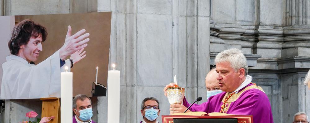 Marcia della Pace Perugia-Assisi dedicata a  don Roberto Malgesini