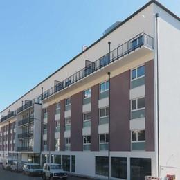 Covid, otto anziani in ospedale  Ospiti della Residenza Bernina
