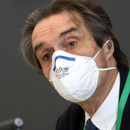 Lombardia: nuova ordinanza  Se non c'è distanziamento  mascherine anche all'aperto