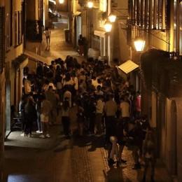 Movida a settembre   senza mascherine e distanze  Chiavenna, proteste dei residenti