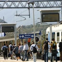 Scuola, troppi studenti sui treni  Verso Chiavenna non c'era posto