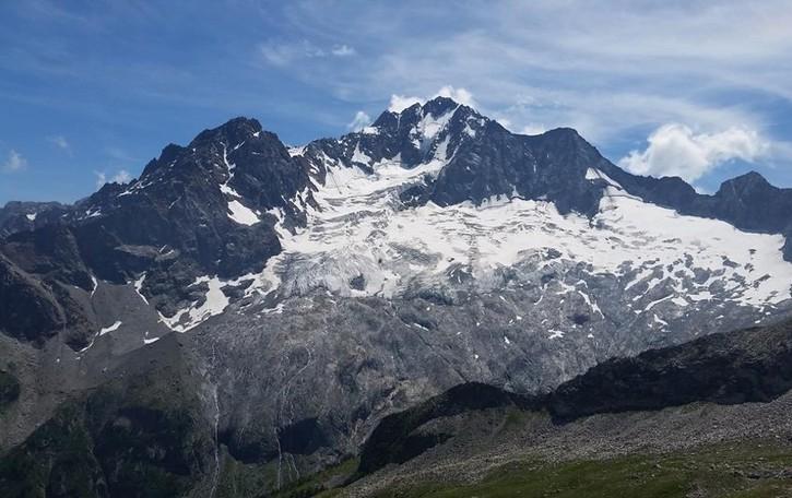 Tragedia sul monte Disgrazia  Muore alpinista di 56 anni