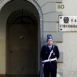 Il sacerdote messaggero   dei detenuti in carcere