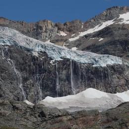 """Urlo di ripartenza   con il """"Glacier Trail"""""""