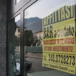 Covid, bar falcidiati  Sei hanno già chiuso  «Non ci sono clienti»
