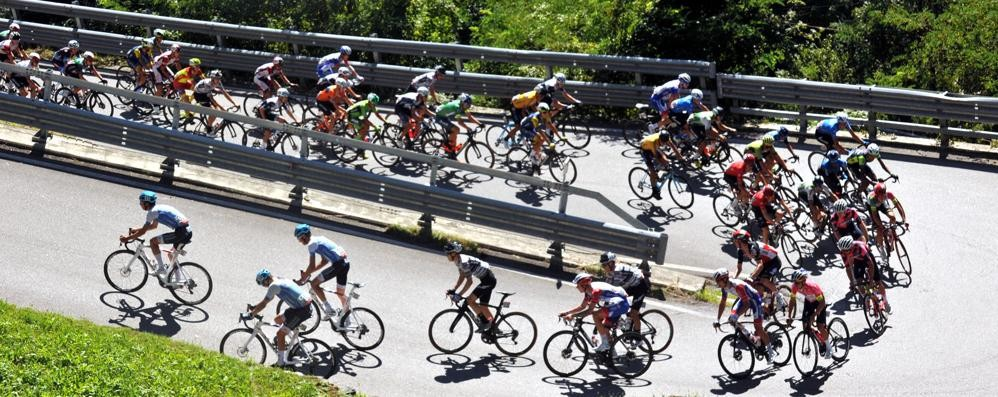 Giro, Verbania-Alpe Motta   tappa più chiavennasca