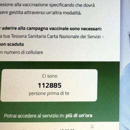 Vaccini over80  Prenotazioni, primo giorno  di lunghe attese