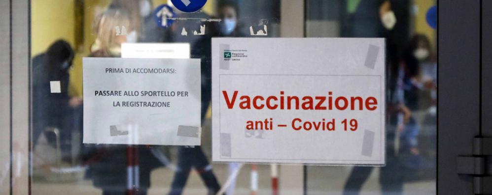 La vaccinazione è l'unica arma contro la pandemia