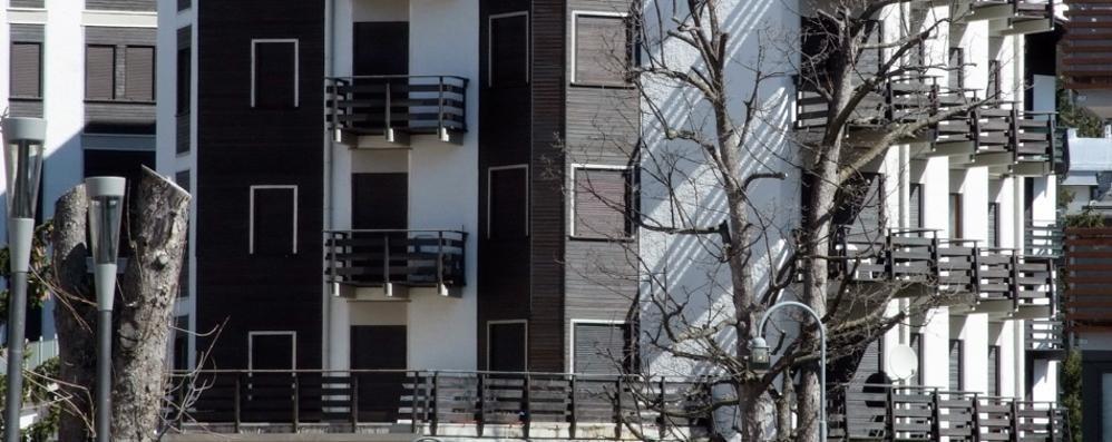 Seconde case vietate ai comaschi   Lario da oggi arancione rinforzato