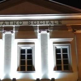 «Teatri illuminati,   bisogna riaprirli»