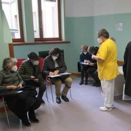 Vaccinazioni ultra 80 enni   In Valtellina per 3 su 10