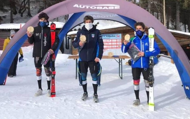 Cade in allenamento in Piemonte  Sciatore di 20 anni operato a un rene