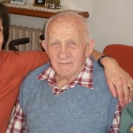 Dopo l'articolo della Provincia   chiamato per la vaccinazione il nonno di 98 anni